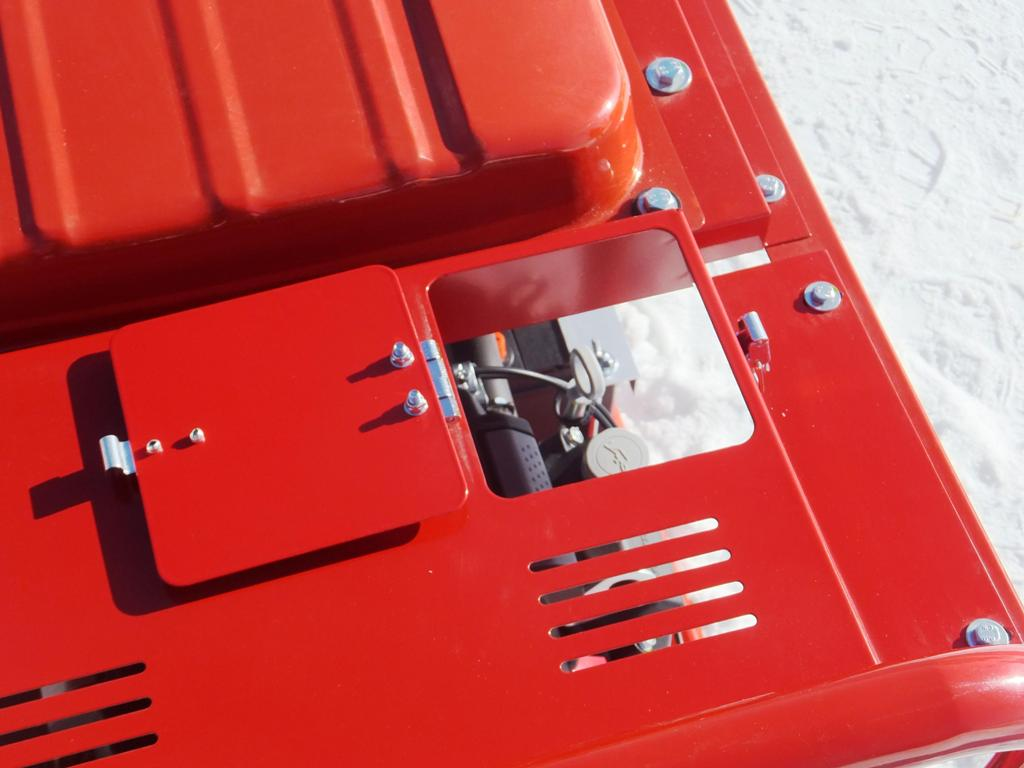 Сервисный лючок на панели Вепрь АБП 10 230 ВХ-БСГ9